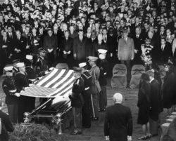 jfk_gravesite_november_25_1963